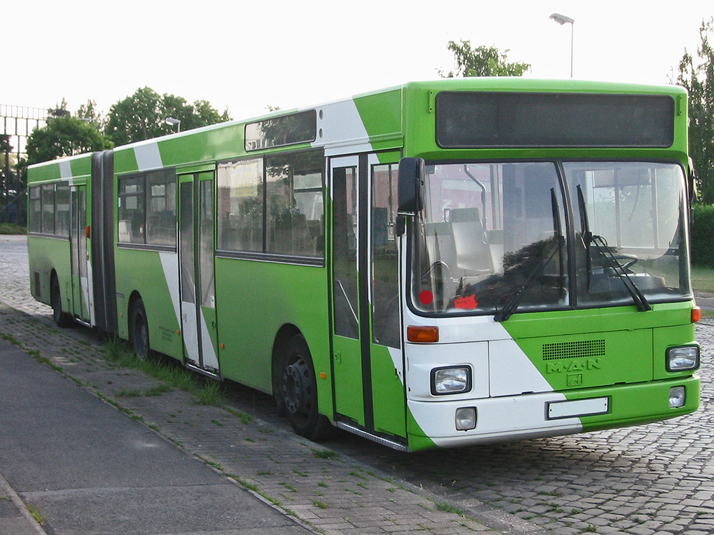 Quelle:http://commons.wikimedia.org/wiki/File:Man_bus_2_sst.jpg
